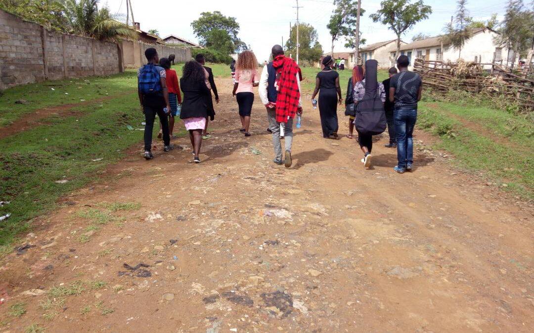 Kenya's teenagers find Christ